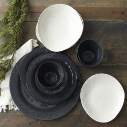 Margot Black Porcelain Dinner Plate