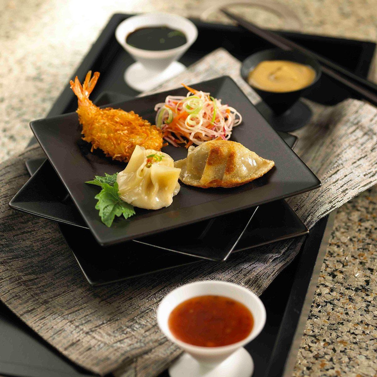 Haute-Tea-Entertaining-Company-Asian-Cuisine-Catering-02