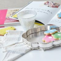 "A ""Milk & Cookies"" Gift Set"